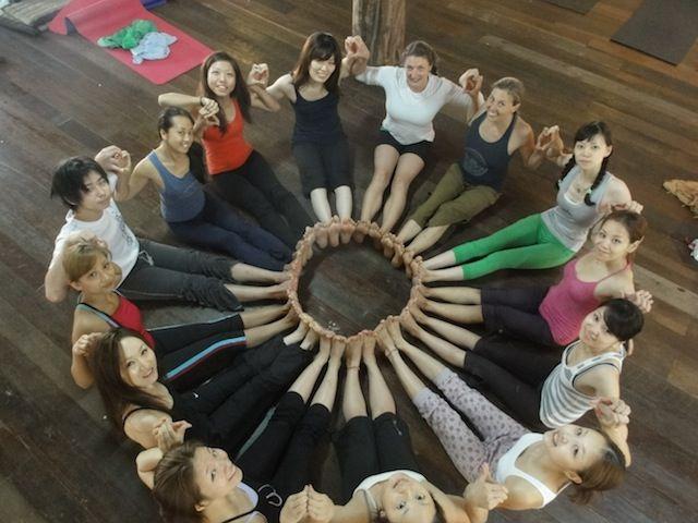 http://yogaretreatsinbali.com/200-hr-yoga-teacher-training-in-bali