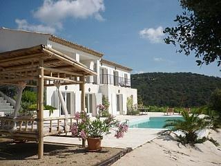 Villa Rental: 3 Bedrooms, Sleeps 6 in Grimaud Holiday Rental in Grimaud from @HomeAwayUK #holiday #rental #travel #homeaway