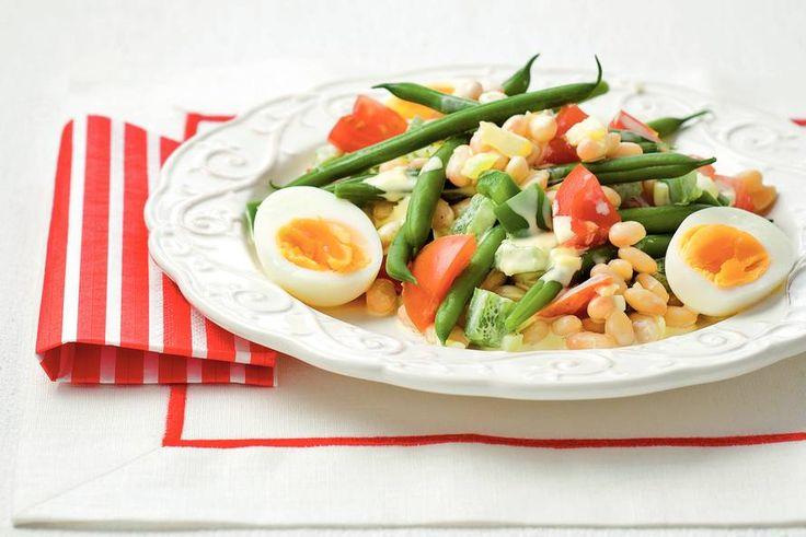 Kijk wat een lekker recept ik heb gevonden op Allerhande! Franse maaltijdsalade met bonen en eieren