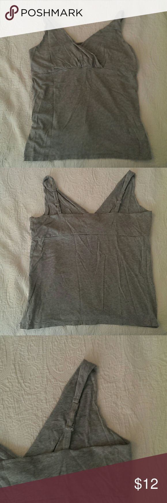 BOGO! Old Navy XL crossover front maternity cami Heather gray crossover front cami. Old Navy maternity XL. Runs larger, like most Old Navy maternity clothes. Can also be used as a nursing top.  Offers and questions encouraged! Old Navy Tops Camisoles