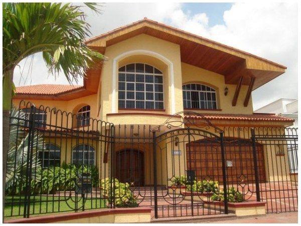 Image result for fachadas de casas lujosas con balcon colombianas