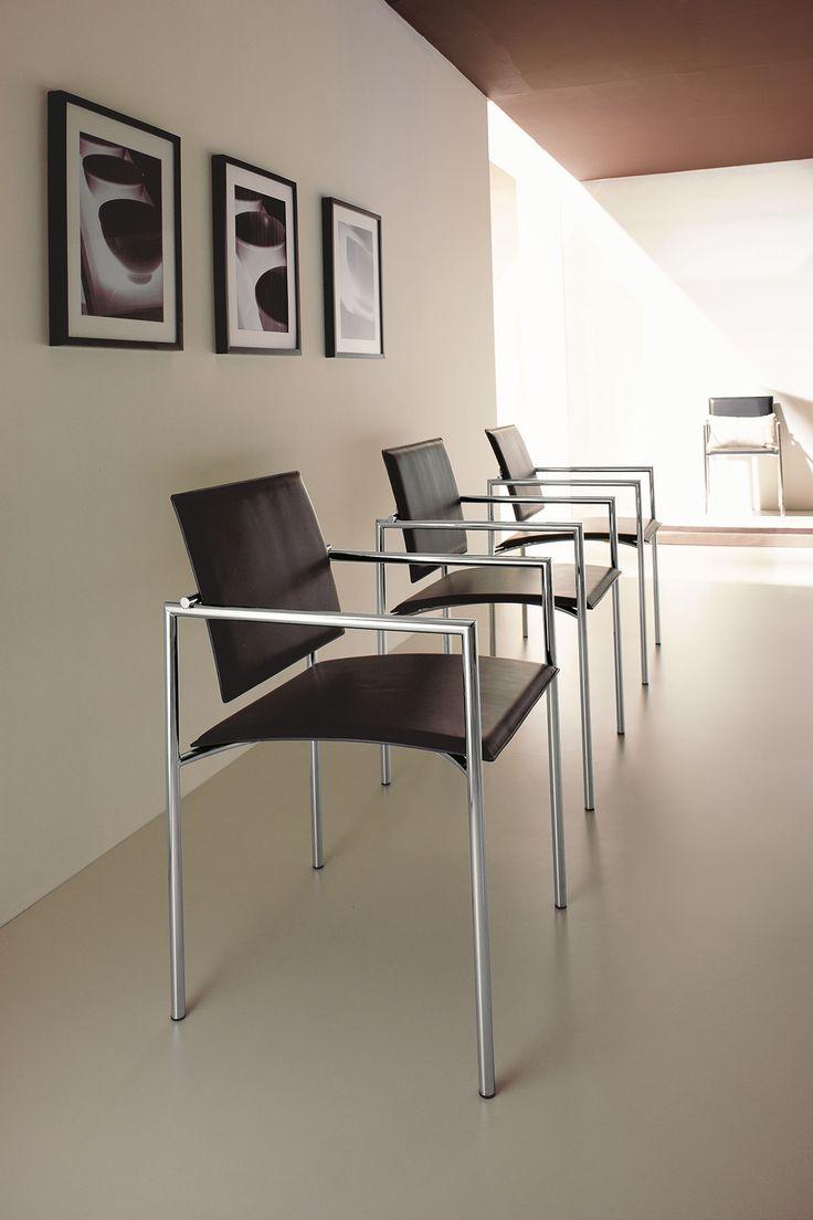 sedia ufficio bianca prezzo poltrona poltroncina pelle rossa nera mucca arredamento casa moderno on line soggiorno alberghi design d'interni hotel ingresso