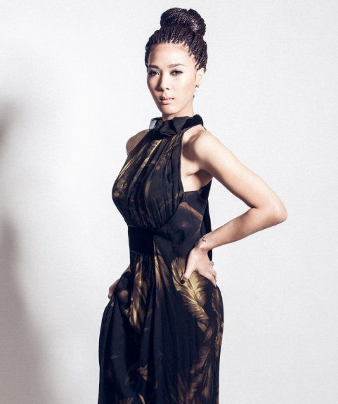 """Yoon Mi Rae's Track """"I'll Listen to What You Have to Say"""" Reaches Top of Music Charts 