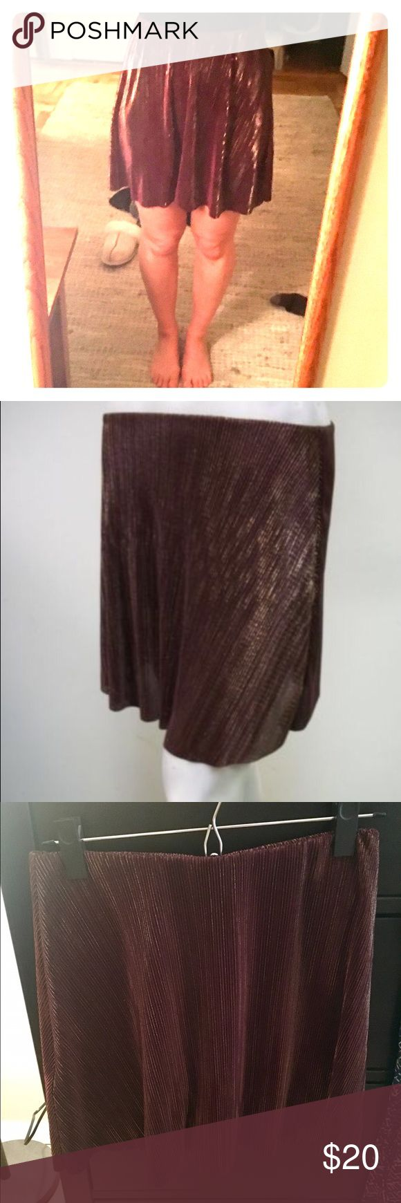 BCBGENERATION Burgundy Gold  A-Line Mini Skirt Worn once!!!   Brand: BCBGeneration  Style: Skirt  Features:  A-Line Mini Gold Shimmer Detail Wide Elastic Waist Band on the inside Machine Washable Color: Burgundy  Size: S BCBGeneration Skirts Mini