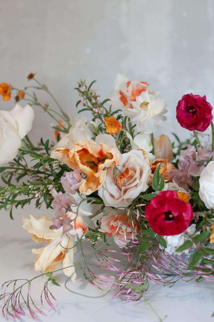 Garden Grown Spring Flowers In 2020 Flower Centerpieces Wedding Wedding Flowers Austin Wedding Florist