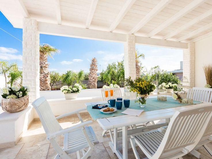 affitto villa Ostuni per gruppi vicino spiaggia di sabbia- Lontana dai rumori. Casa vacanza numero 6866843. Vedi le foto e la descrizione e prenota online in totale sicurezza.