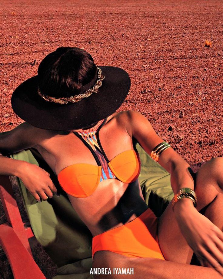 Couth beach bikini