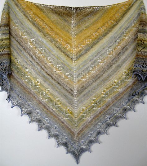 Flowering Weeds Shawl by Karalee Harding free