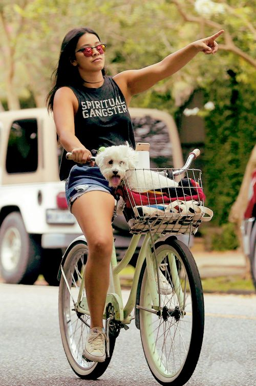 "Gina Rodriguez bikes around New Orleans during ""Deepwater Horizon"" day off (June 8, 2015)"