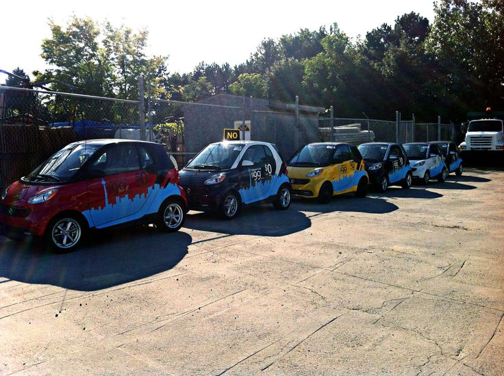 Toronto Mercedes continues to expand their smart selling fleet, +6 to the count (all in a days work); manufactured and installed by Side Effects Graphics.