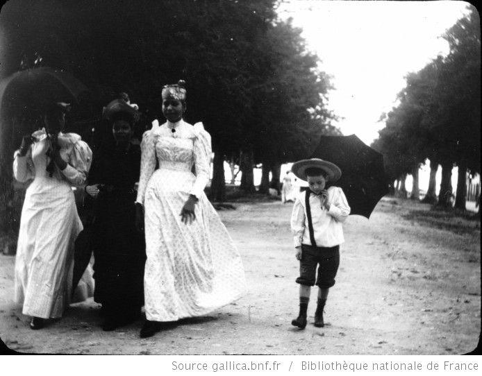 Martinique. Sur la Savane de Fort-de-France (Déc. 1894) / [photogr.] Salles ; [photogr. reprod. par Molténi?] - 1