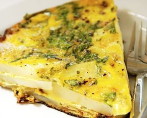 Potato and onion omelette recipe