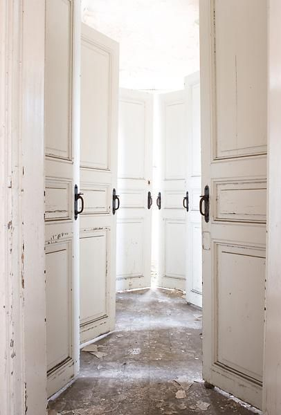 I would love to put an entire hallway of doors in my house but only like two of them actually open haha