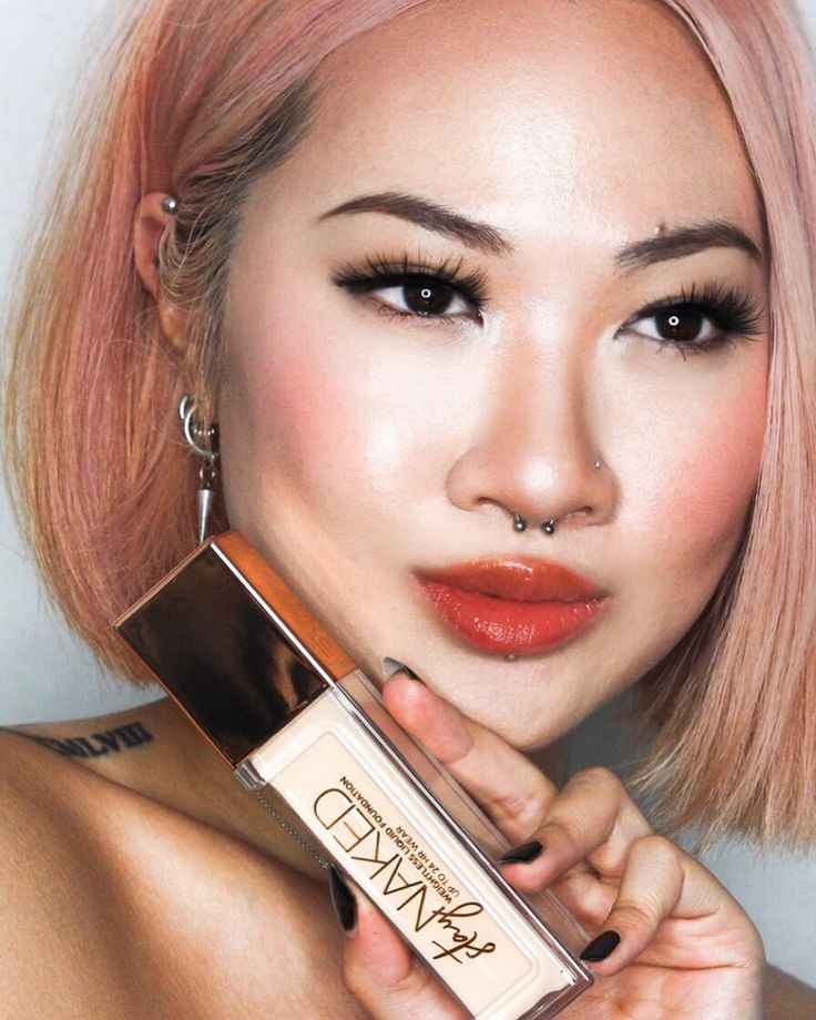 ad UrbanDecay collab StayNaked ++ touching first base