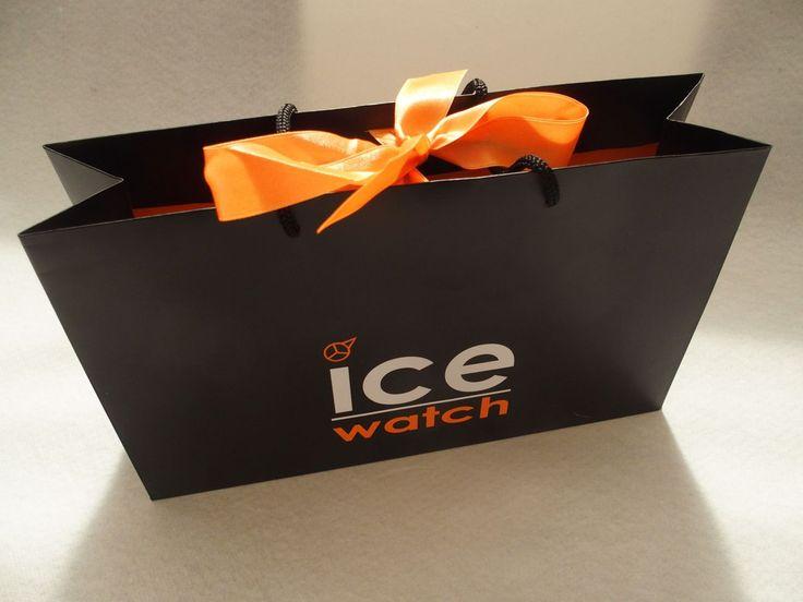 Noël approche : je vous offre une Ice Watch Loulou ! sur le blog The Parisienne oui je la veux