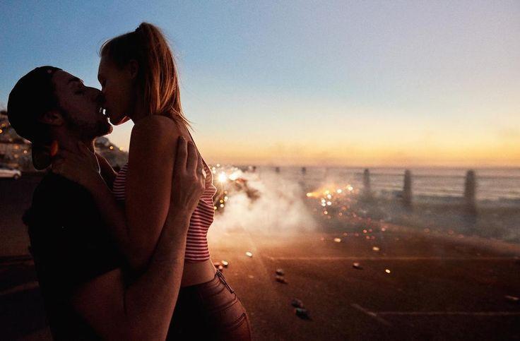 fotografando giovani coppie in giro per il mondo