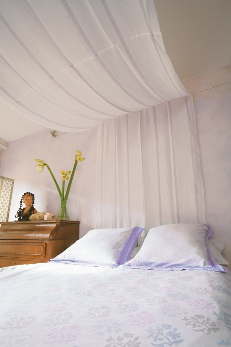 ciel de lit en voilage chambre pinterest deco. Black Bedroom Furniture Sets. Home Design Ideas