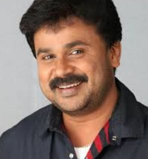 Dileep Height Weight Age Wife Biography Wiki Family Photos