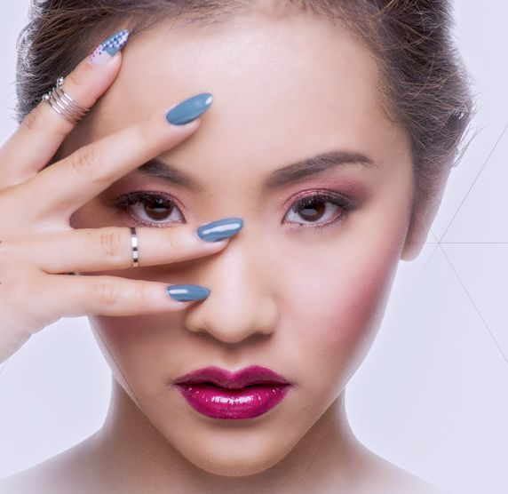 Bio Seaweed Gel Offers Long-Lasting Polish that Doesn't Damage Nails #manicure trendhunter.com