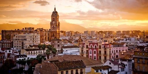 599 € -- Kanarenkreuzfahrt mit Flug nach Barcelona, -150 €