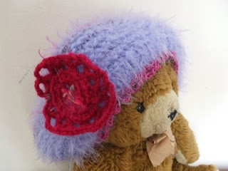 beanie for a baby-girl by Cicatricks Designs (and Brumi :))