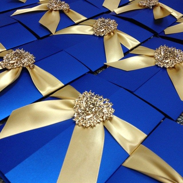 Share on Twitter Share on Facebook Share on Google+ Share on Linkedin Share by email If you're outgoing and love the spotlight, go all out with your blingy Quince invitations to match your personality! | Quinceanera Invitation Ideas |