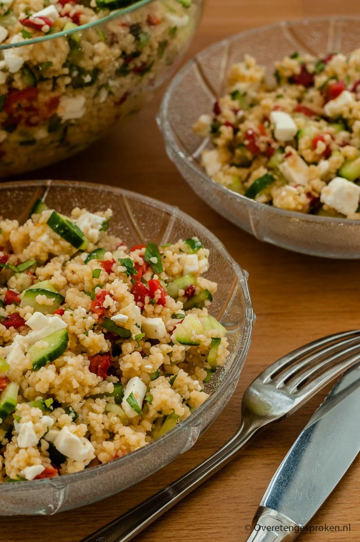 Couscous met feta - Zomerse salade met komkommer, geroosterde paprika, feta en…