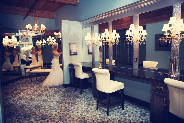 17 Best images about Bridal Rooms on Pinterest : Brides and bridesmaids, Minnesota and Wedding