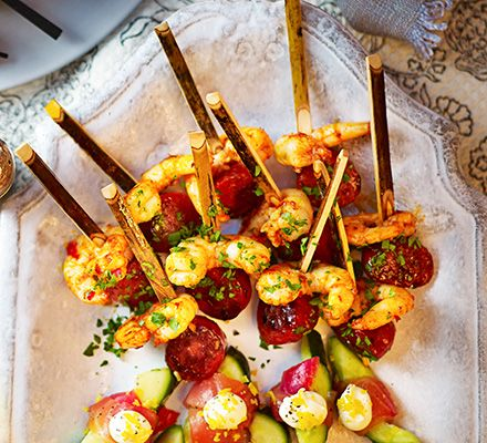 Chorizo prawn skewers recipe spanish skewers and for Canape party ideas