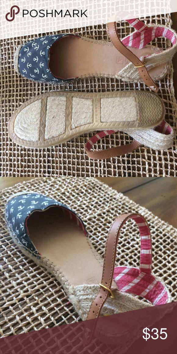 Sperry nautical sandal Worn once, super cute for summer! Sperry Top-Sider Shoes Sandals