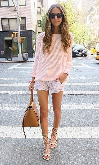 How To Wear Summer Shorts: Printed