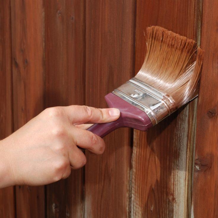Шведы и финны тоже ценят копеечку, потому придумали свой вариант краски для работ по дереву. Кстати, подобная краска не только надежно защищает древесину от влаги, но и дает возможность дереву дышать.