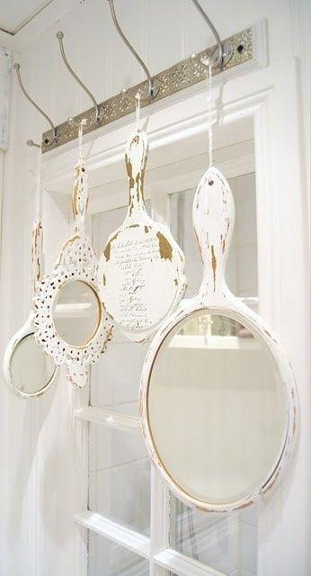 Decorando espejos   http://www.disenyolowcost.es/decorando-espejos/