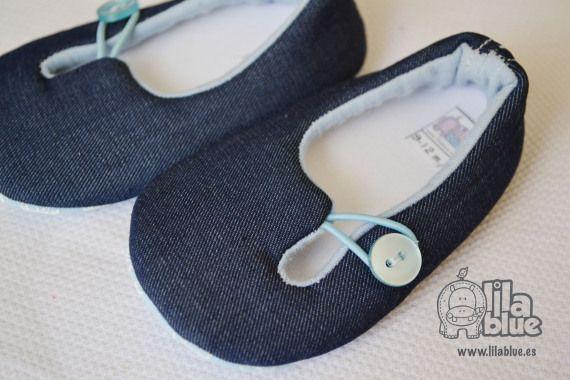 basic jeans / LilaBlue Zapatos y accesorios para bebé hechos a mano - Artesanio