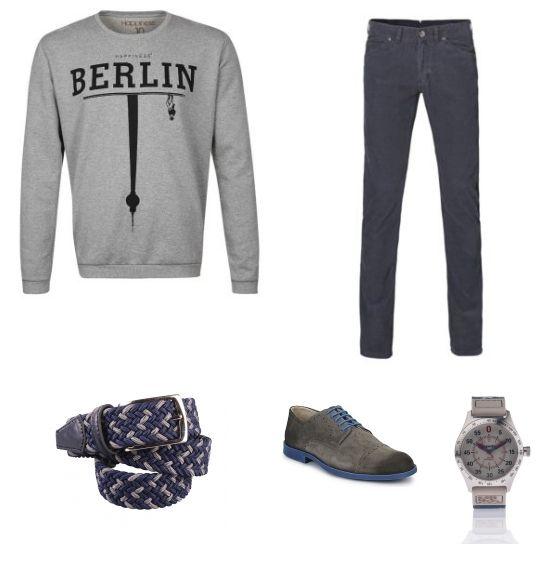 Casual Look outfit - Vrijetijdskleding - Deze look is casual maar ook chic door het combineren van donkerblauw en grijs. De trui met print van Happiness is super casual, door het te combineren met de blauwe broek van H.E. by Mango ontstaat een mooi geheel. De schoenen van Derby's passen goed bij de broek. Het geheel is compleet met het horloge van Superdry en de riem van Suitableshop.