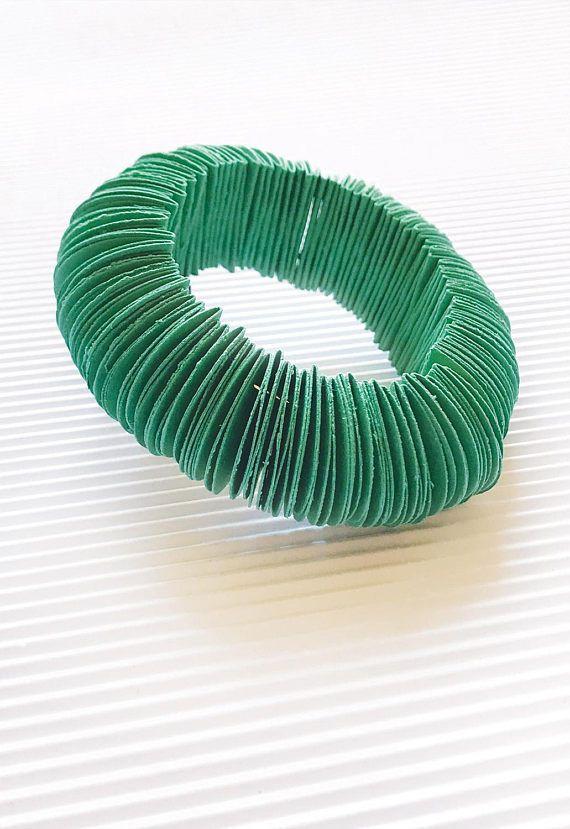 Emerald jewel emerald green circle bracelet paper jewelry