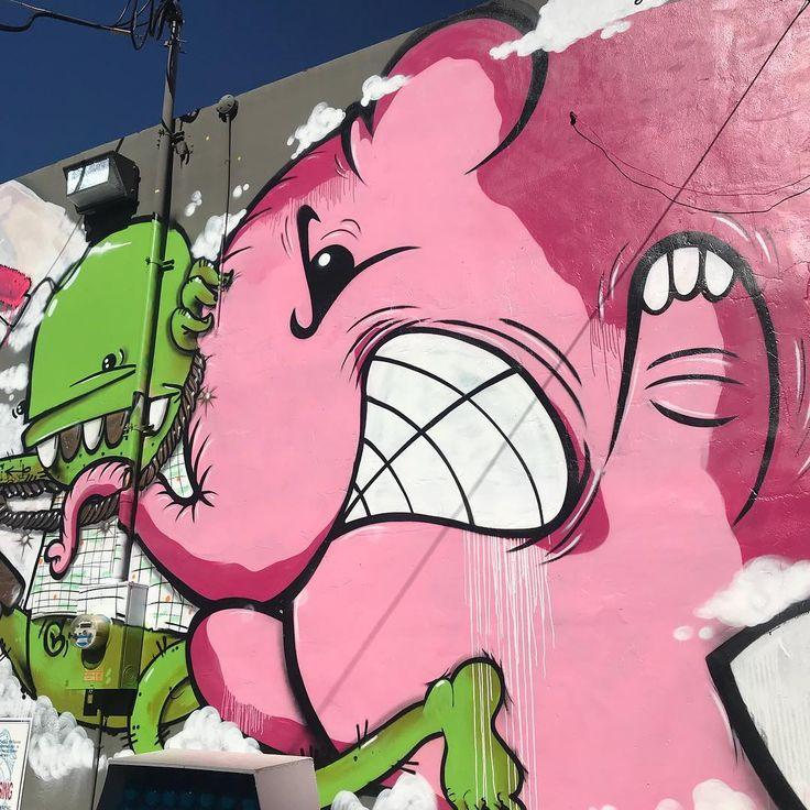 Duvarları ve Paraları Pembe Fili Charlie ile Süsleyen Sokak Sanatçısı ile Tanışın | Sanatlı Bi Blog