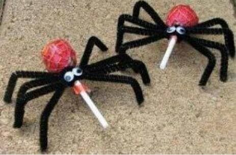This is such a cute halloween craft for preschool
