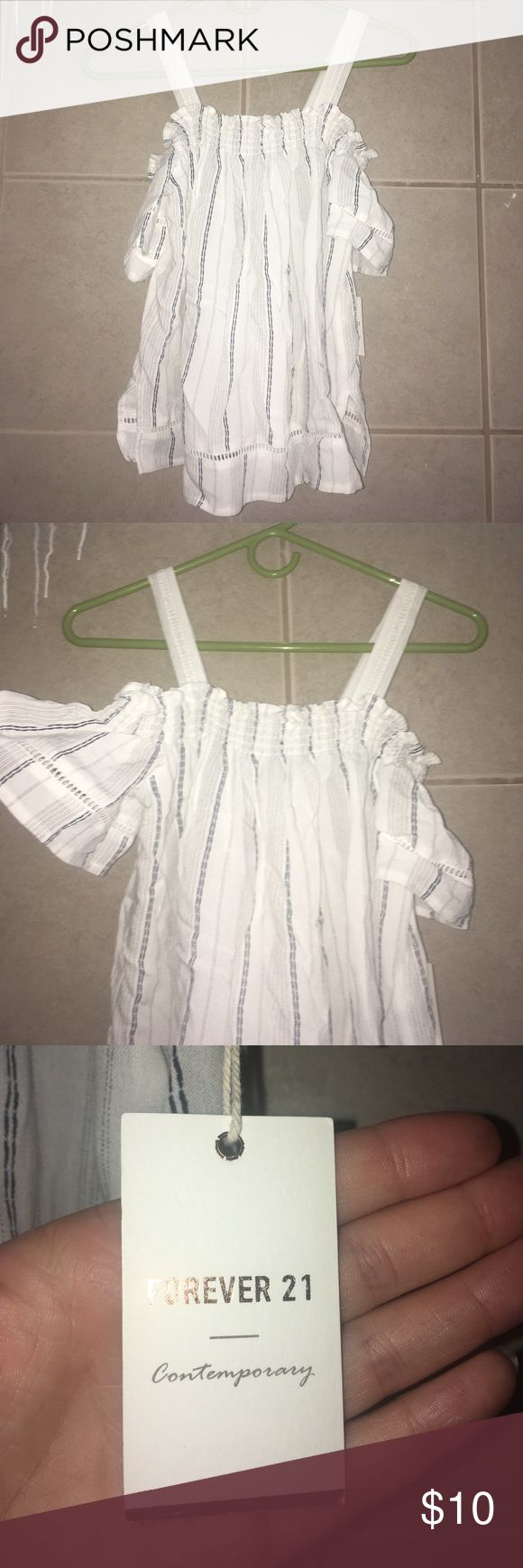 White flowing blouse Off the shoulder top with straps to hold it up as well. White with blue strips. Bought it and ended up not liking the way it looked on myself. BRAND NEW, never worn Forever 21 Tops Blouses