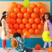 pumpkin party game: Party Games, Halloween Parties, Birthday Parties, Pumpkin, Parties Ideas, Halloween Games, Kids, Balloon, Parties Games