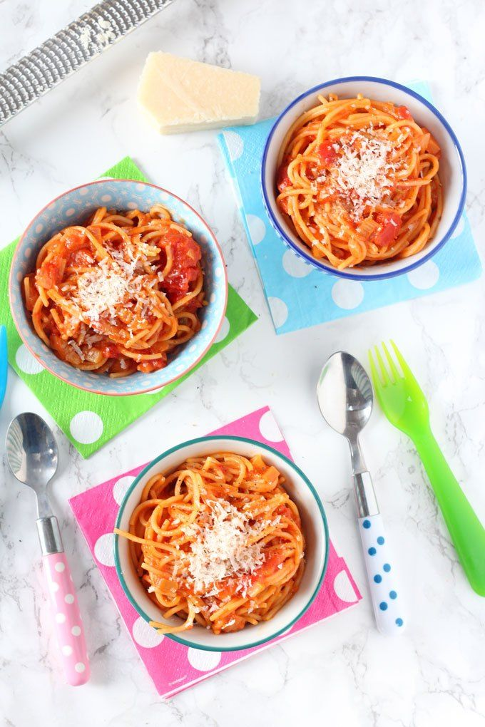 Simple Tomato Spaghetti for Kids - My Fussy Eater
