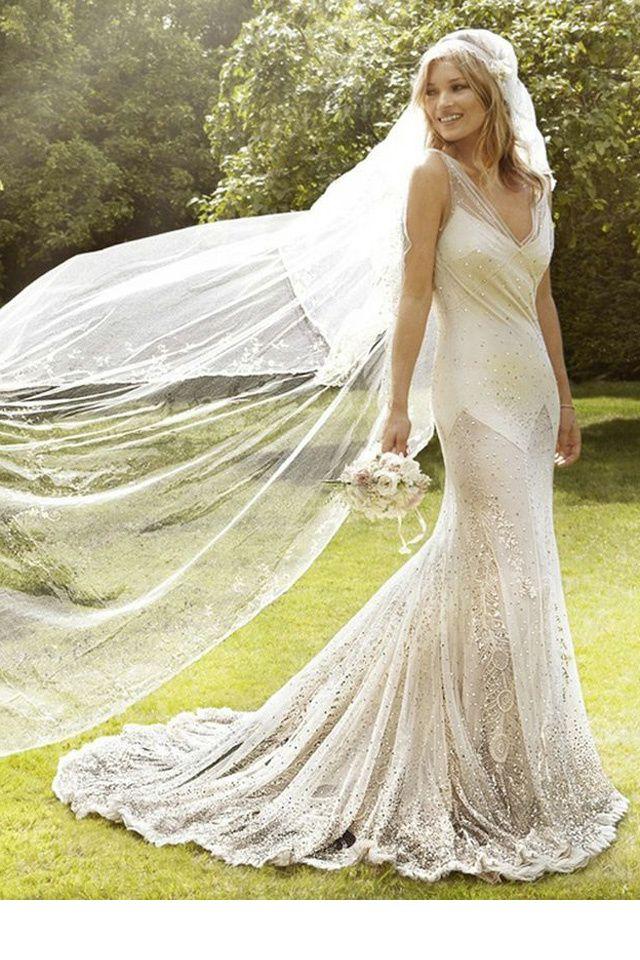 25 best ideas about kate moss wedding dress on pinterest for Robe de mariage de kate moss tomber