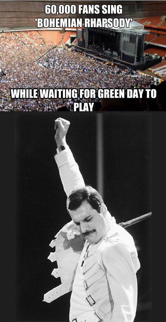 Nur Queen kann ein Stadion rocken, ohne selbst dabei zu sein… ♡