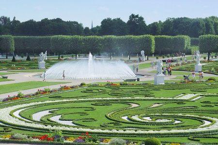 """Herrenhäuser Garten, Hannover.  Spent a magical evening there for the """"Kleines Fest im Grossen Garten"""" there.  Du wirst jeden Tag vermisst, Udo."""