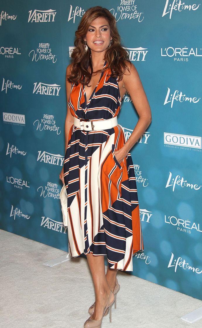Ева Мендес в платье Salvatore Ferragamo, 30 сентября 2010