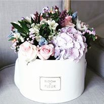Pretty mixed blooms to start your week  #prettyblooms #flowers #freshflowers #bouquets #flowersdelivery #bouquetdelivery #roses #pastelflower #flowerstagram #weddinginspo #weddingflowers #love #floweroftheday #romantic #pretty #freshblooms