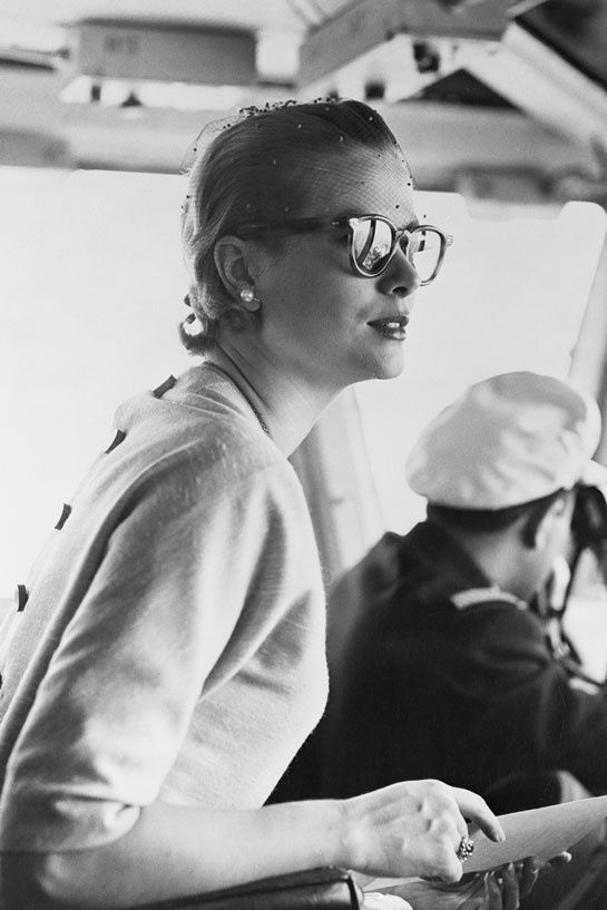 Pringle of Scotland rend hommage à Grace Kelly http://www.vogue.fr/mode/news-mode/diaporama/pringle-of-scotland-rend-hommage-a-grace-kelly/12454#la-photo-d-039-nspiration-de-l-039-eleve-alice-bastin