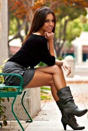 Beautiful crossed legs and smile | Crossed legs in ...