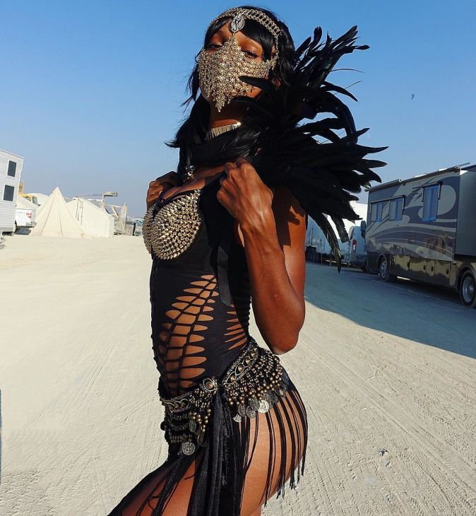 18 Pictures of Fashion People Basically Naked and Covered in Dust at Burning Man   Fashionista