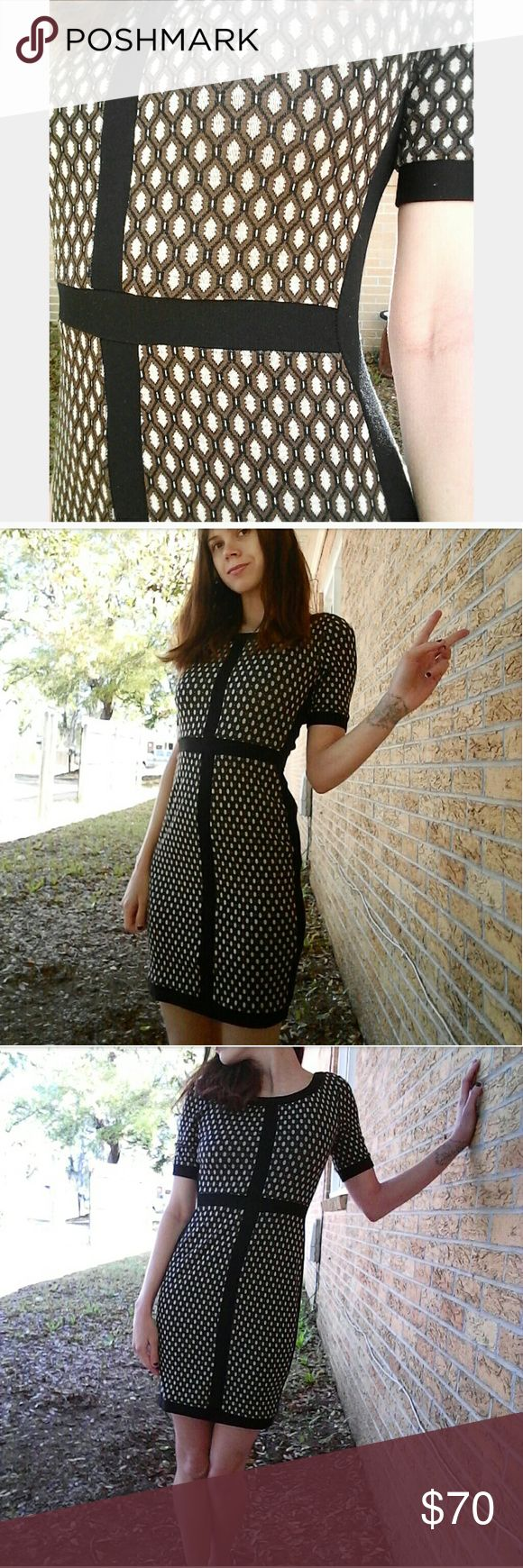 Baileys 44 brown houndstooth dress Gorgeous knit dress, tight fitting, very comfortable mature dress. Only flaw is the seem that held the slip to the dress broke, this however does not affect the quality of the garment nor can you visually see this. Bailey 44 Dresses Mini